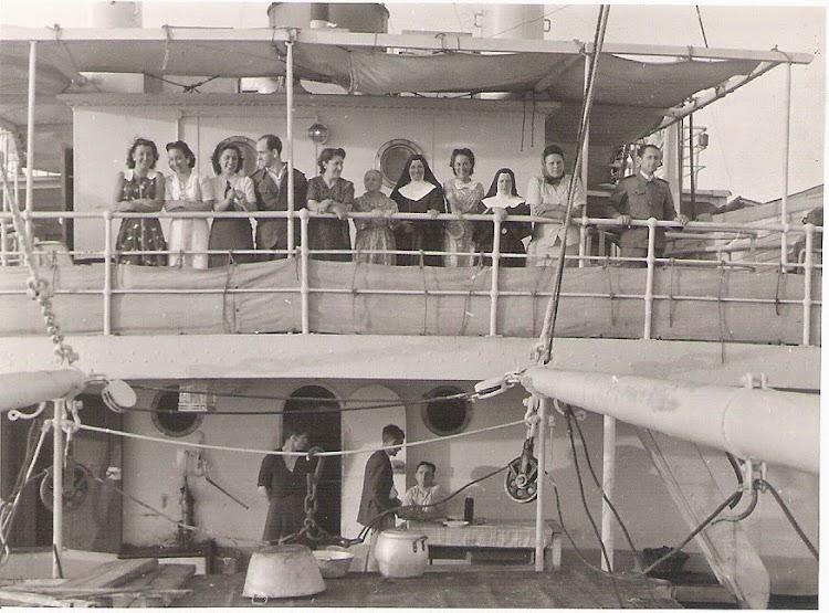 Verano de 1942. Crucero o viaje del MONTO AMBOTO. Foto Jaume Cifre Sanchez. Nuestro agradecimiento.jpg
