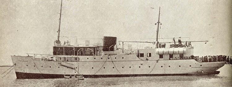 El ARTABRO en Valencia. Año 1935. Del libro Unión Naval de Levante. 1924-1949.jpg