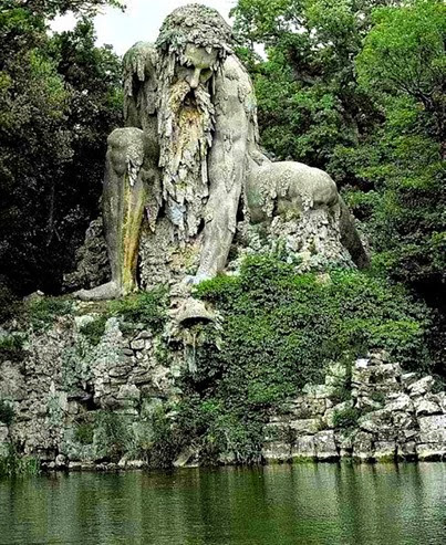 The-Appennine-Colossus-just-north-of-Florence-Italy