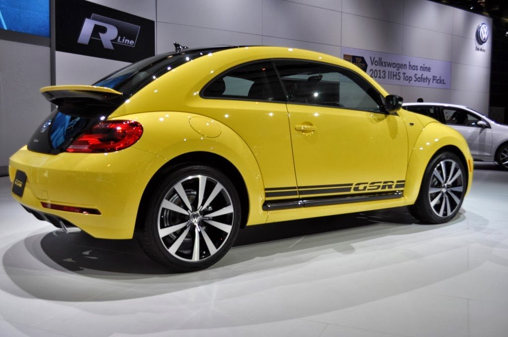 2014-Volkswagen-Beetle-mechbox