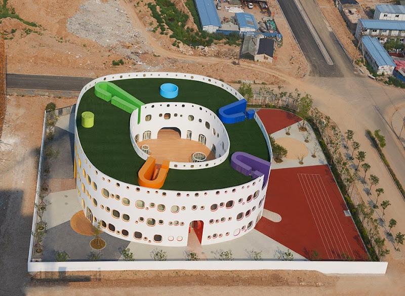 01-loop-sako-architects.jpg