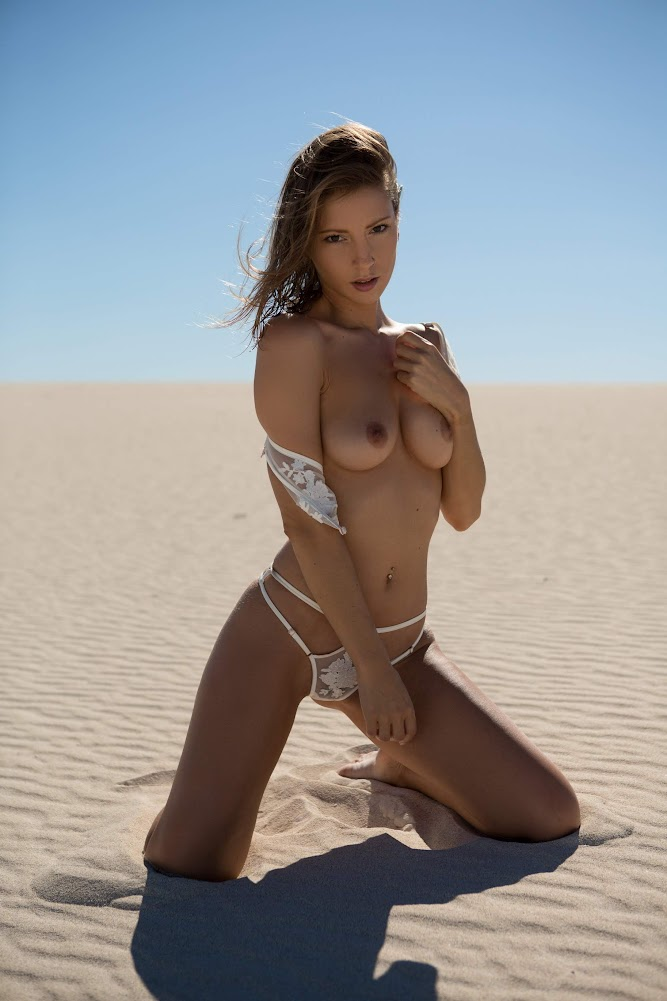 [Playboy Plus] Miluniel Louis - Sunkissed Oasis playboy-plus 10270