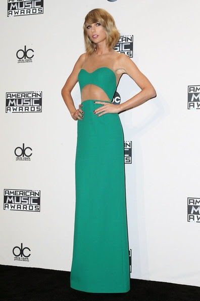 Taylor Swift 42nd Annual American Music Awards kN544RaTVAJl