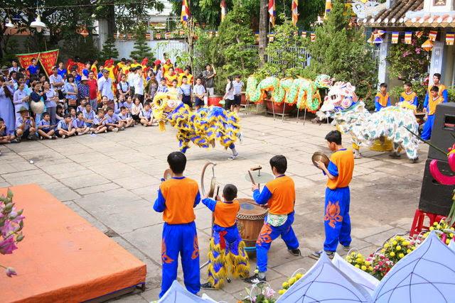IMG 1962 Đại lễ Phật đản PL 2557 tại Tu viện Quảng Hương Già Lam