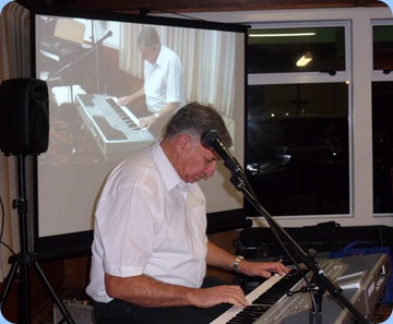John Bercich, our resident professional musician, playing his Korg Pa1X and thrilling the audience with his arrangements, variety and dexterity