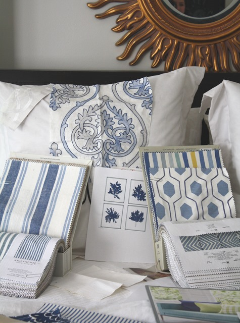 blue and white bedroom plan