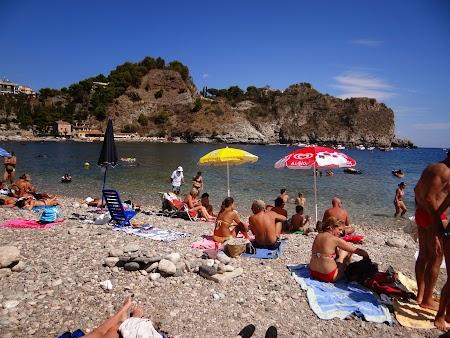 23. Plaja Taormina.JPG
