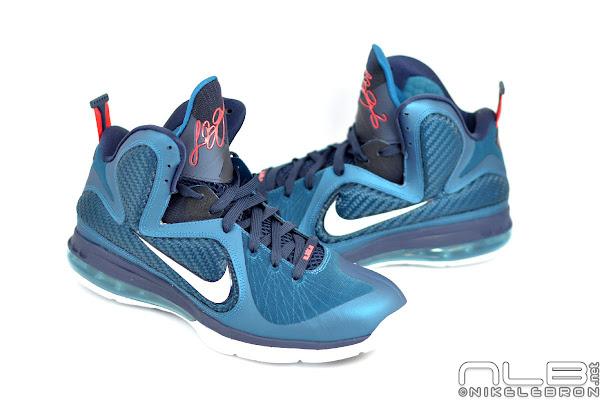 24a7b0614f50 ... 8220Swingman8221 The Showcase Nike LeBron 9 Ken Griffey Jr  8220Swingman8221 ...