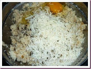 Polpette di pane vegetariane con salsa di panna alla salvia (5)