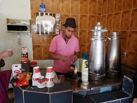 13. Cafegiul sef.JPG
