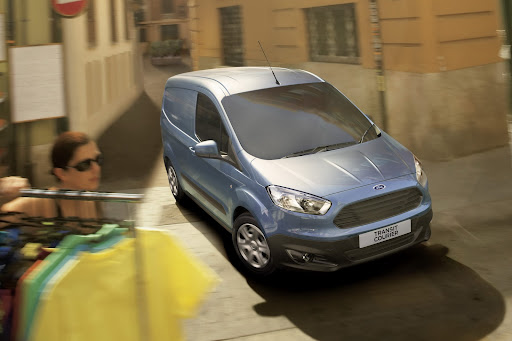 Ford-Transit-Courier-01.jpg