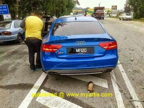 Fizo Omar dan Mawar Abdul Karim Kemalangan Ngeri di Kuala Krai