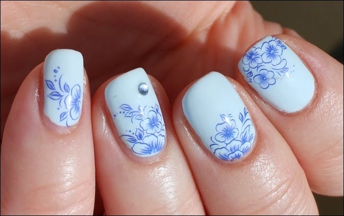 Blue Friday Flowers Blaue Blümchen Mottomonat Blütenzauber Nail Art Nageldesign Water Decals 03