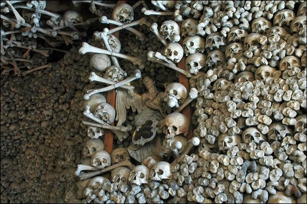 Skull-Chapel-Czermna-Poland-02