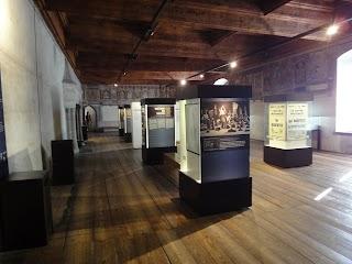 Salle des armoiries au Château de Chillon