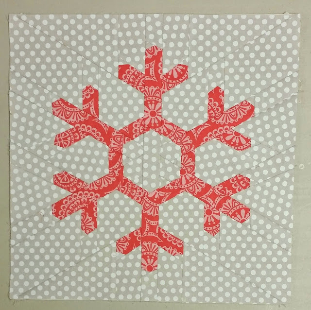 Not So Last Minute Christmas Quilt Along - Snowflake