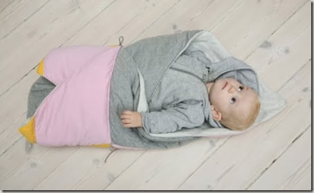 multifunctional-and-transformable-the-play-fold-bird-blanket-for-your-baby-6-524x320