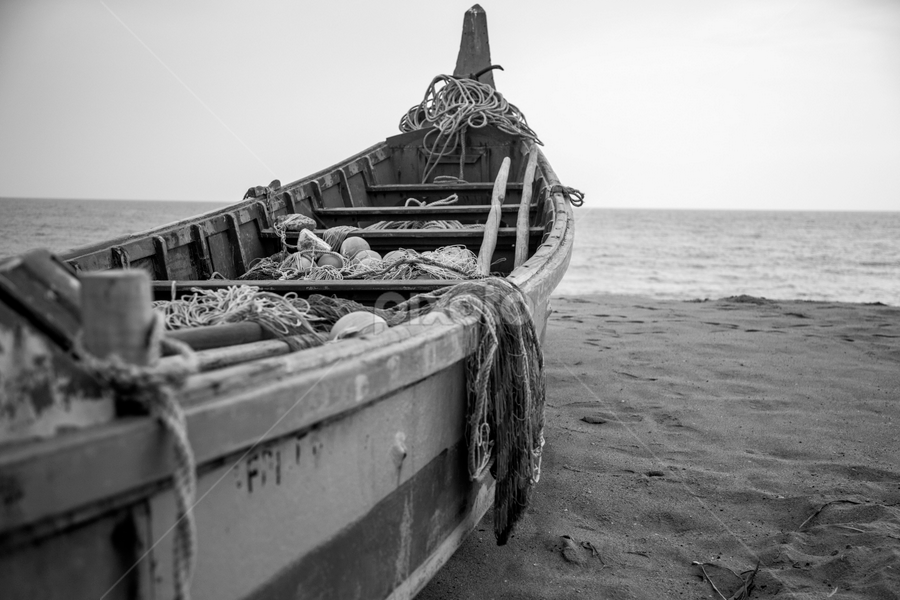 Waiting to sail by Rashmi Rai - Black & White Objects & Still Life ( black & white, boats, sea, kerala, landscape )