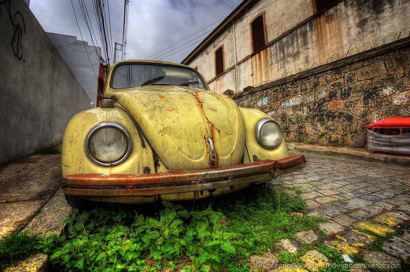 decaying beetle VW rio brazil