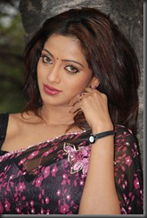 uday-bhanu-hot photo1