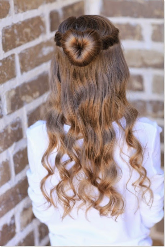 10 Unique Hairstyles for the School Week-love-bun
