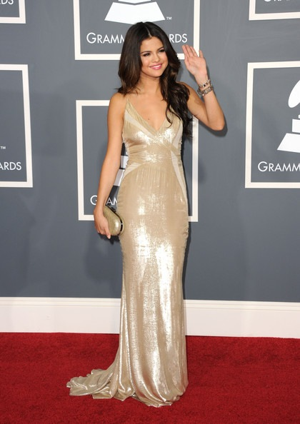 feb11-Selena-Gomez-53rd Annual GRAMMY Awards Arrivals