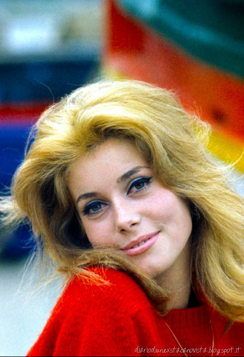 [catherine%2520deneuve%2520cat%2520eye%255B3%255D.jpg]