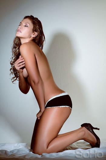 Katherine Porto Desnuda Revista SoHo Foto 13