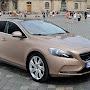 2013-Volvo-V40-New-14.jpg