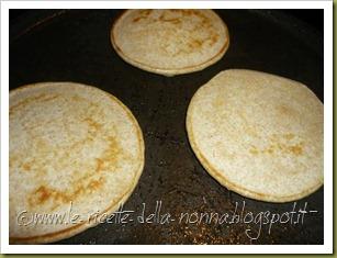 Pancakes ai quattro cereali con latte di soia, zucchero di canna e sciroppo d'agave (6)