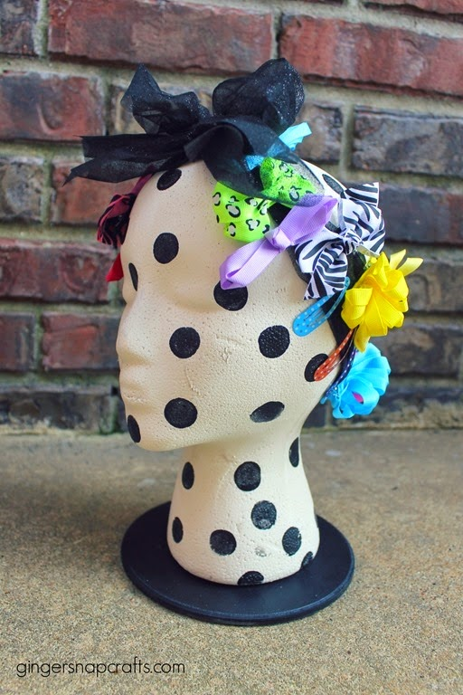 hair clips storage for girls black and white decor
