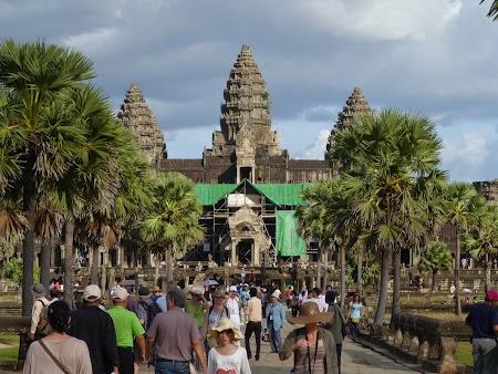 19. Angkor Wat.JPG