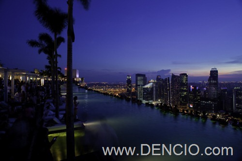 Marina Bay Sky Park and Infinity Pool21