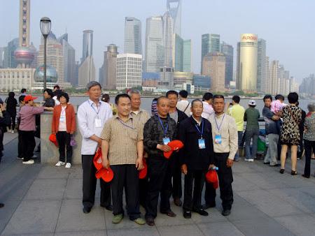 3. Shanghai, pe Bund.JPG