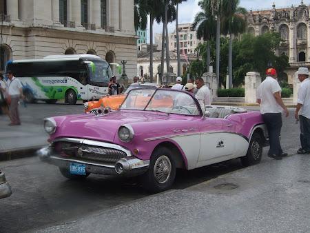 Masini de epoca in Havana