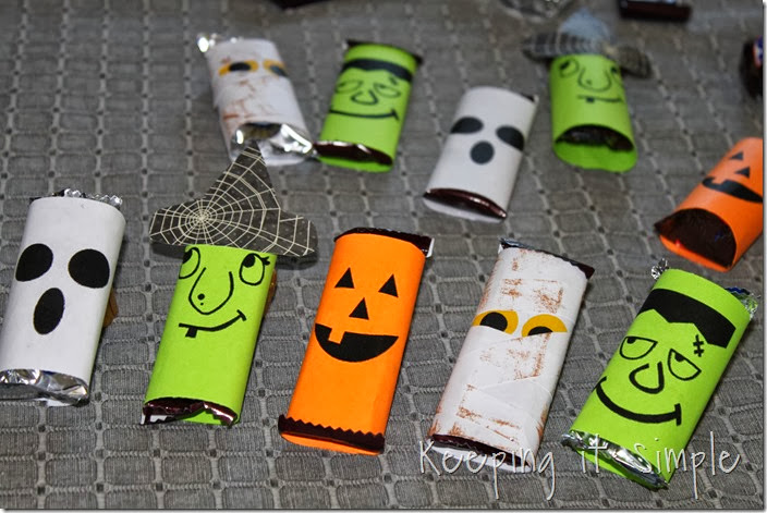 Halloween Candy Bars (8)