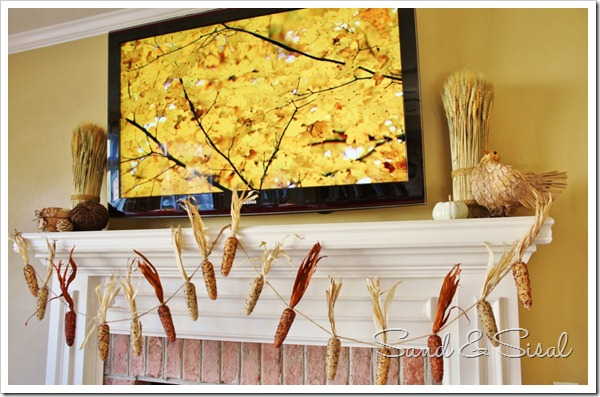 Thanksgiving mantel with TV (1024x657)
