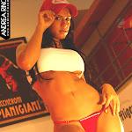 Andrea Rincon, Selena Spice Galeria 56 : Camiseta Blanca, Gorra y Tanga Roja – AndreaRincon.com Foto 12