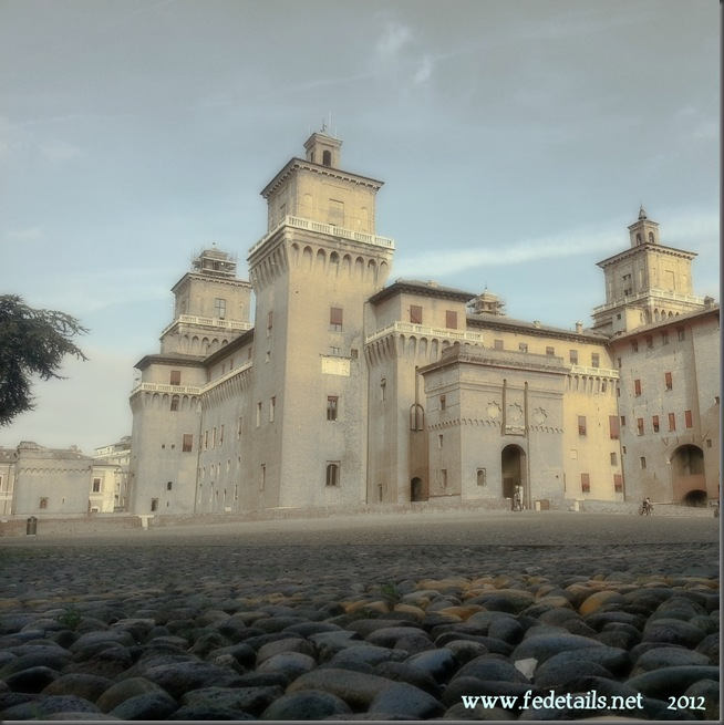 Veduta del Catello ( anticato freddo ), Ferrara, Emilia Romagna, Italia - View of the Castle ( antique cold ), Ferrara, Emilia Romagna, Italy - Property and Copyright of www.fedetails.net