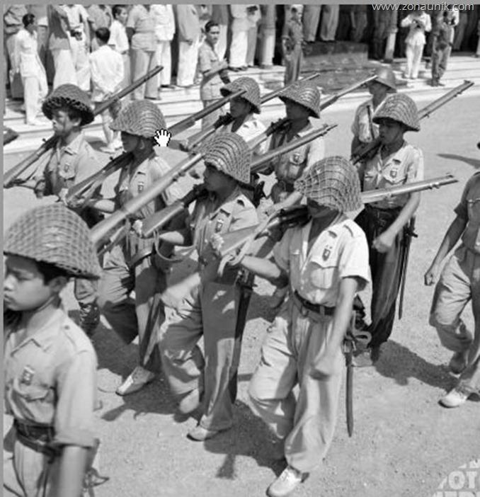 SEJARAH: FOTO PENINGGALAN SEJARAH PERJUANGAN BANGSA INDONESIA