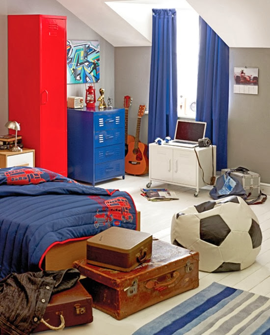 football-inspired-boys-room