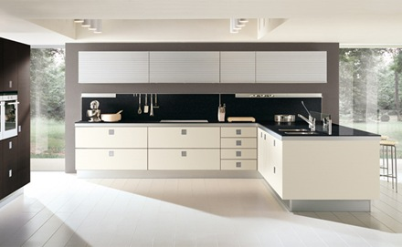 cocina-minimalista-blanca-negra Cocinas modernas blancas