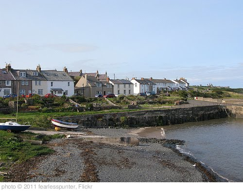 'Craster Village' photo (c) 2011, fearlesspunter - license: http://creativecommons.org/licenses/by-nd/2.0/