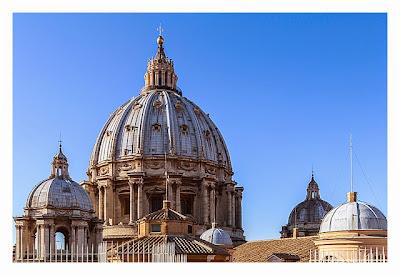 Rom: Der Vatikan - Petersdom: seine Kuppeln