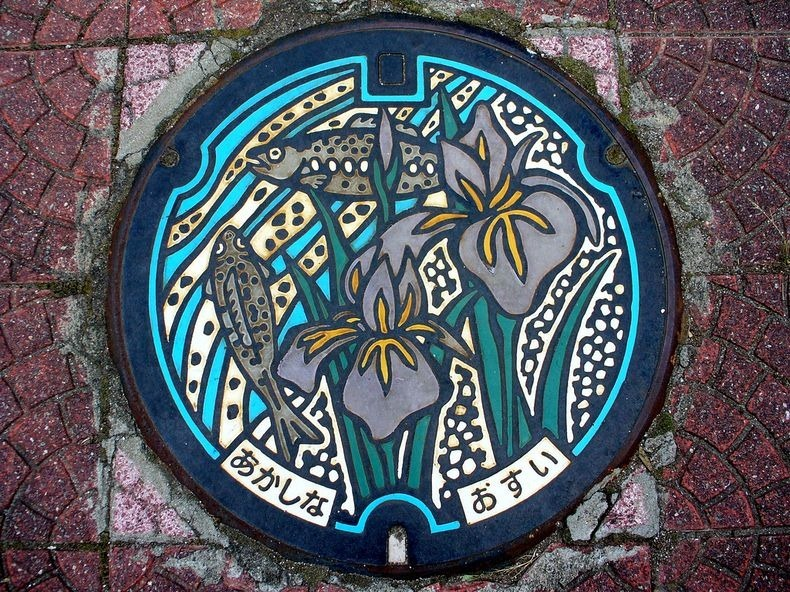 japan-manhole-covers-10