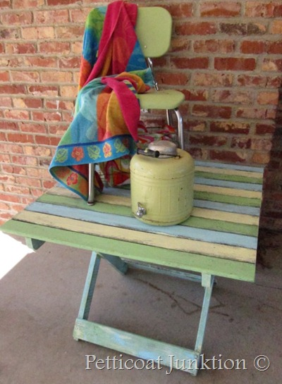 beach-table-painted-picnic-petticoat junktion