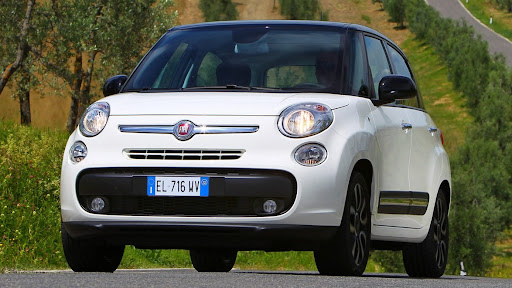 2013-Fiat-500L-MPV-Official-1.jpg