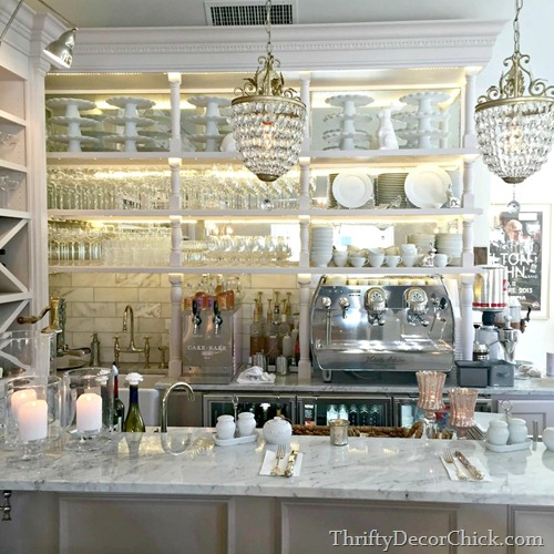 Thrifty Blogs On Home Decor: A Must Do: The Cake Bake Shop