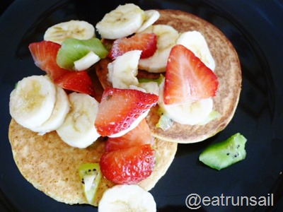 Feb 26 other coconut pancakes 004