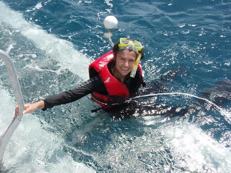 Imagini Cairns: Spre finalul zilei de scuba si snorkeleling un zambet care nu poate fi sters.JPG